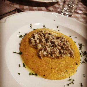 piatti tipici lago di garda verona luccio e polenta