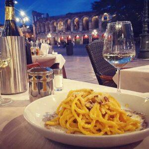 Dove mangiare in piazza bra davanti Arena di Verona